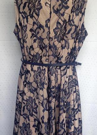 Красивое кремовое платье с черным гипюром, под пояс. (пог-57см)3