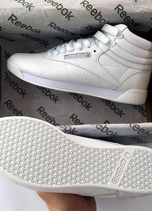 Женские белые кроссовки reebok free style high разные размеры в наличии4