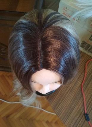 Парик омбре блонд светлый и коричневый волнистый естественный высокое качество4