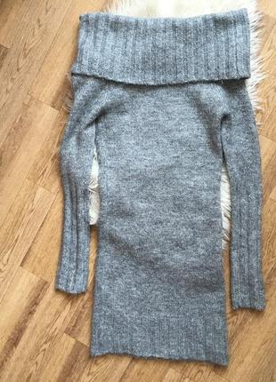 Модное мохеровое теплое платье с открытыми плечами миди4