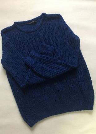 Объёмный свитер крупной вязки2