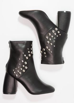 Просто нереально крутые ботинки от lost ink 🖤1