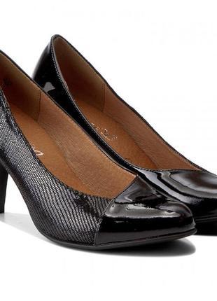Туфли из натуральной кожи немецкого бренда caprice черные, р. 39, 401