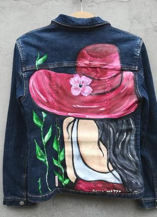 Джинсовый пиджак производства италии с рисунком