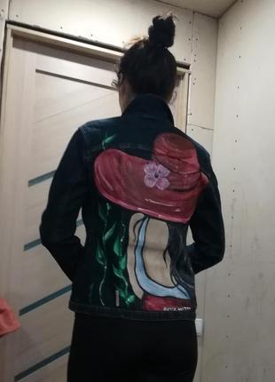 Джинсовый пиджак производства италии с рисунком5