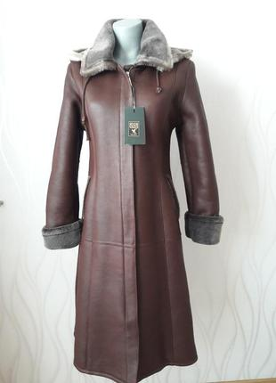 Супер модная, теплая, дубленка с мехом внутри и съемным капюшоном. high vogue1