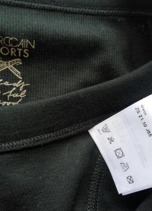 Чёрное платье в рубчик с молниями на рукаваx  от marc cain sports4