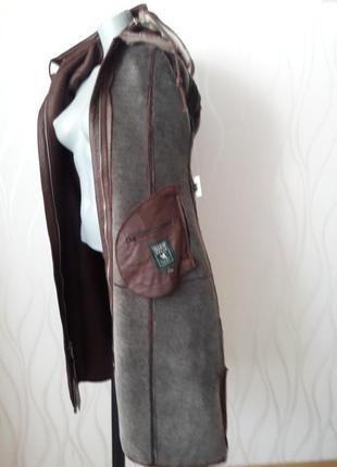 Супер модная, теплая, дубленка с мехом внутри и съемным капюшоном. high vogue3