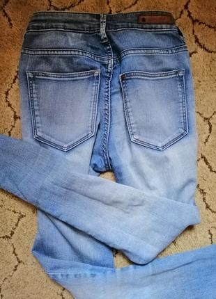 Светлые голубые джинсы брюки  скинни узкачи на высокой посадке катон h&m2