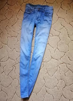 Светлые голубые джинсы брюки  скинни узкачи на высокой посадке катон h&m
