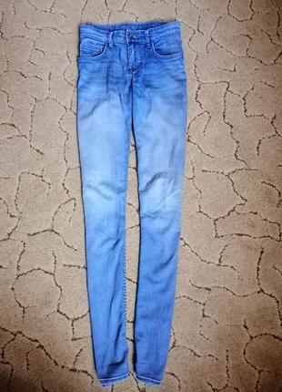 Светлые голубые джинсы брюки  скинни узкачи на высокой посадке катон h&m3