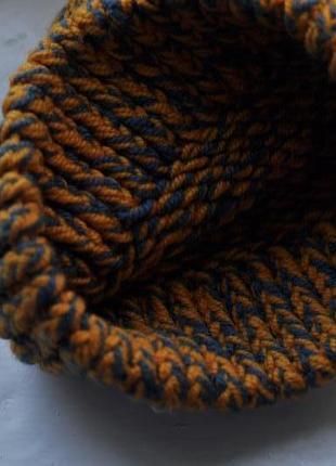 Теплая зимняя вязаная шапка2