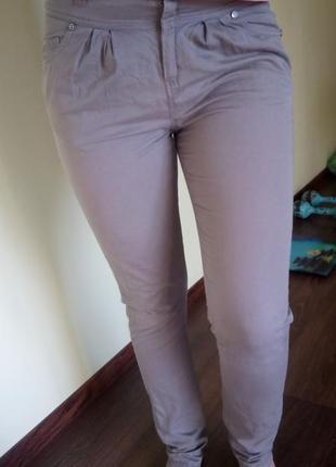 Джинсы, брюки хаки