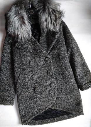 Фирменое зимнее пальто samange