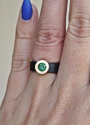 Каучуковое серебряное кольцо с золотом капля зеленое (р16,5-17) родированое1