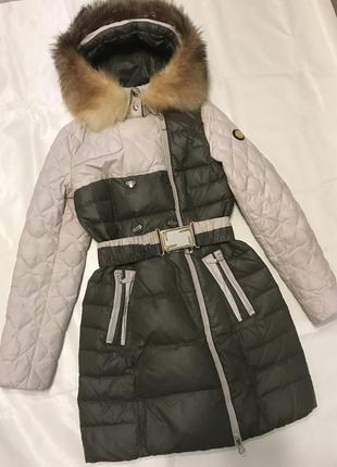 Зимний пуховик с натуральным мехом из лисы1