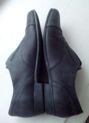 Стильные фирменные туфли демисезон 38 р2