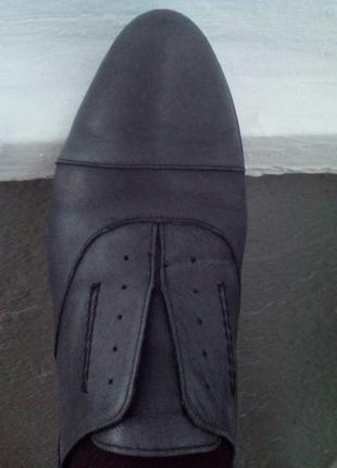 Стильные фирменные туфли демисезон 38 р5