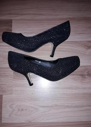 Туфлі 37розмір1