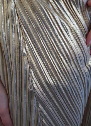 Праздничное новогоднее золотое плиссированное платье плисе h&m2
