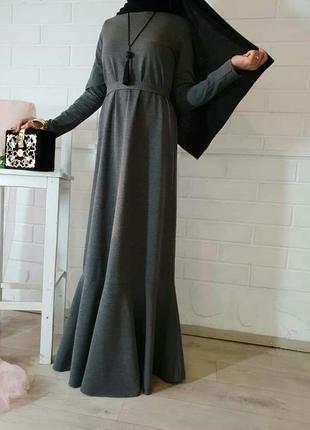 Платье базовое с воланом1