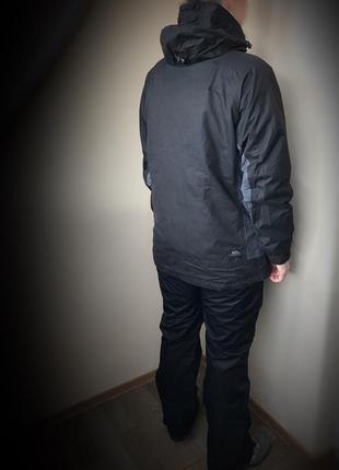 Треккиговая, лыжная куртка ( костюм) trespass waterproof 2.000 (l)3