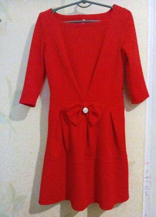 Красное платье р.м