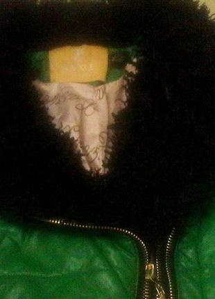 Стильная куртка р.444