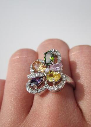 Яркое разноцветное кольцо с фианитами4