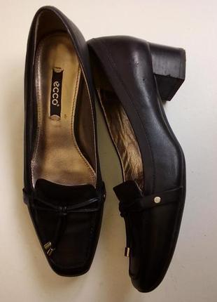 Удобные черные туфли2