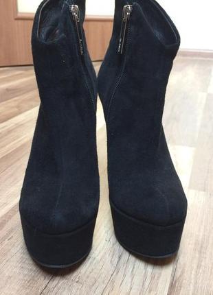 Очень крутые ботинки из натурального замша2