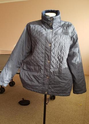 Легкая демисезонная стильная курточка52р1