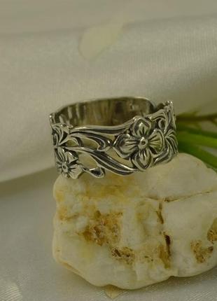 Кольцо цветы1