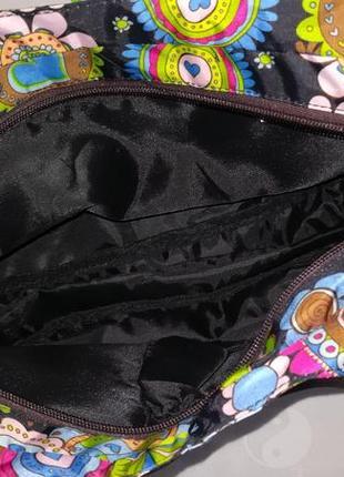 Стильная яркая сумка3
