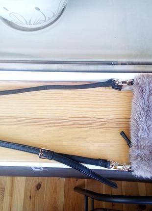 Малелькая меховая сумочка от next5