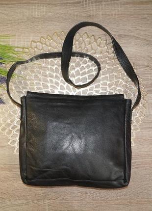 Кожа! классная и практичная сумка средних размеров1
