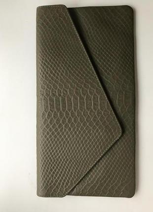 Клатч конверт оливковый натуральная кожа1