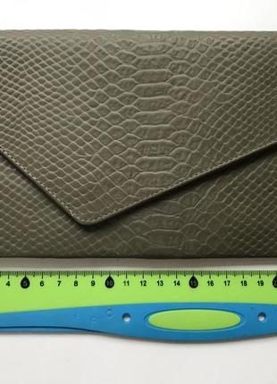 Клатч конверт оливковый натуральная кожа2