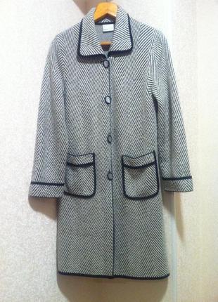 Полушерстяной кардиган пальто кофта  размер m-l       brend debat griro1