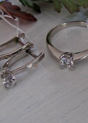 Серебряный гарнитур кольцо + серьги1