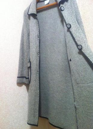 Полушерстяной кардиган пальто кофта  размер m-l       brend debat griro3
