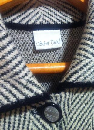 Полушерстяной кардиган пальто кофта  размер m-l       brend debat griro4
