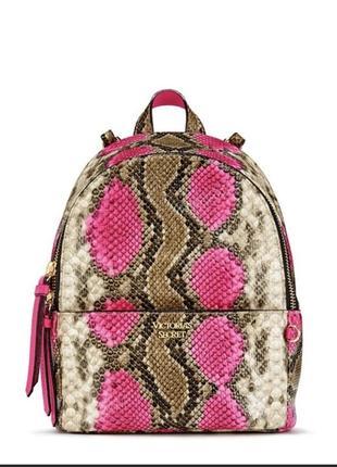Рюкзак в змеиный принт victoria's secret1