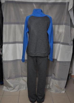 Теплый спортивный костюм-тройка3