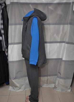Теплый спортивный костюм-тройка4