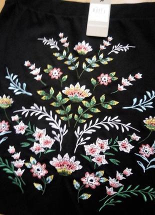 Шикарная юбка с вышевкой р.14(46-48)2