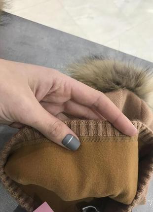 Утеплена шапка з натуральним хутряним кутасиком, світлий коричневий колір2