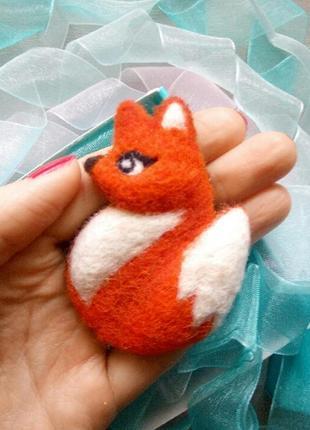 Роскошная войлочная брошь лисичка брошка лиса лисица значок валяние2