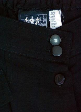 Новая чёрная юбка миди с карманами плиссе на пуговичках актуальная под свитера и блузку5
