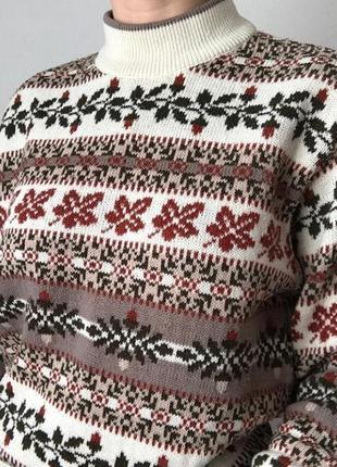 Теплый свитер в орнамент размер s4
